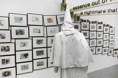 © ADAGP Jake&DinosChapman Photo. JulieJoubert& archives kamelmennour Courtesy the artist and kamelmennour, Paris/London